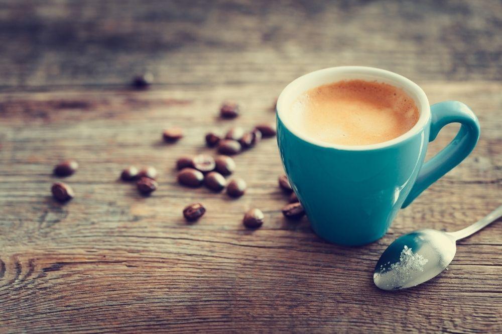 Sydämen lisälyöntejä aiheuttava kahvikupillinen