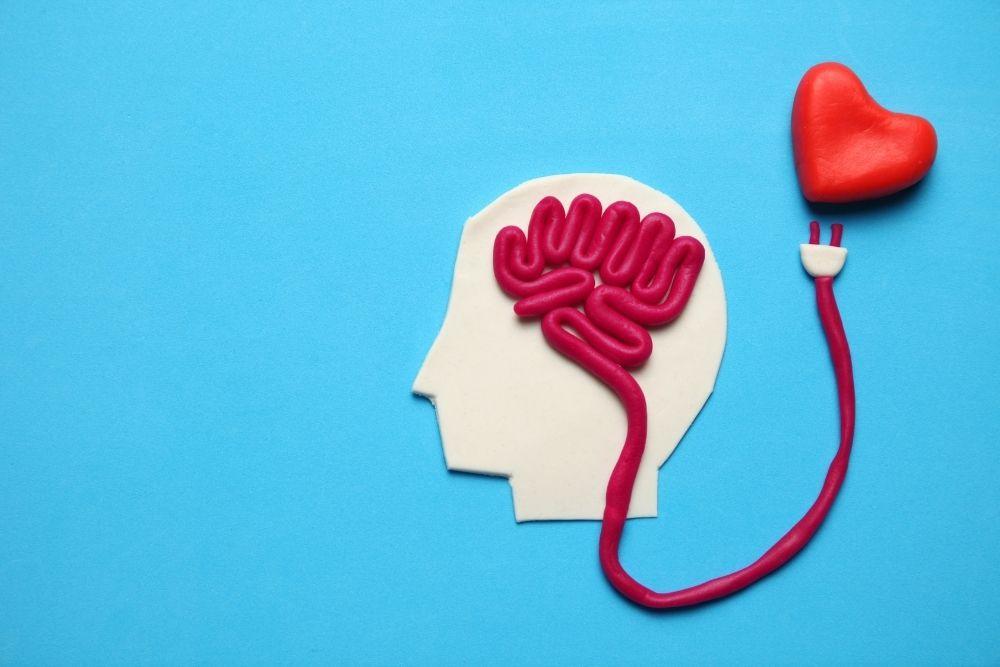 Sydämen ja aivojen yhteys eteisvärinässä.
